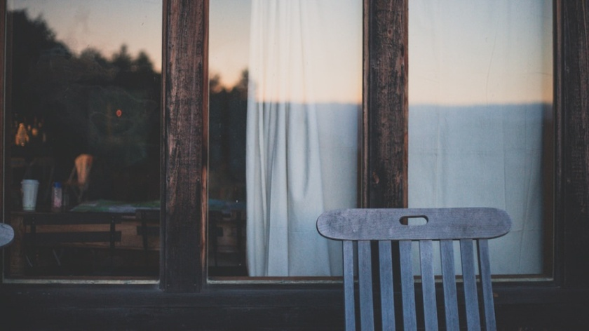 house-window-chair-verandah-large.jpg